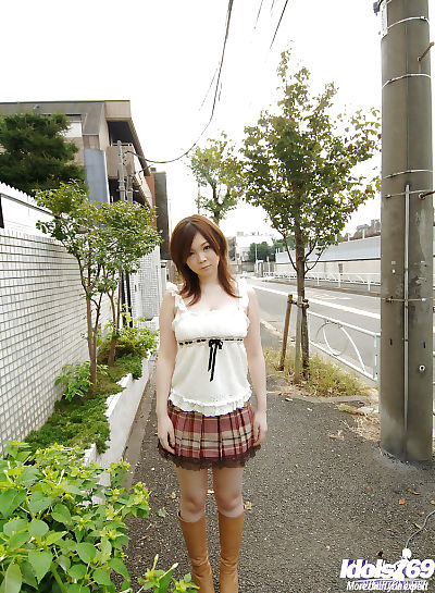 Asian schoolgirl Nami Ogawa..