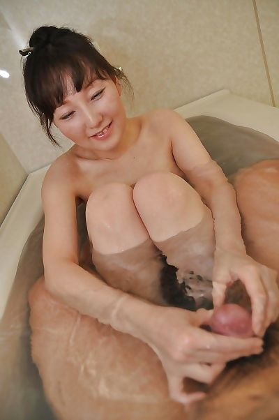 Sensuous asian MILF Kuniko..