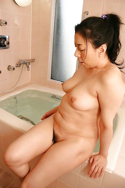 Fuckable asian mature lady..