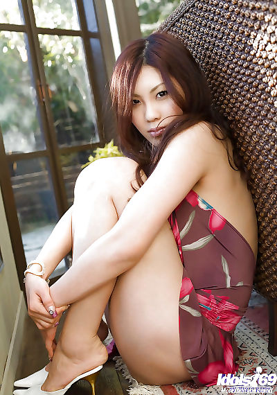 Lovely asian babe with..