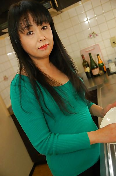 Naughty asian mature lady..