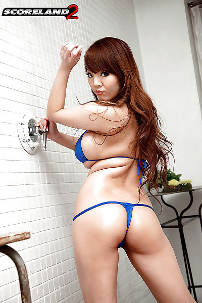 Hitomi Japanese with big..